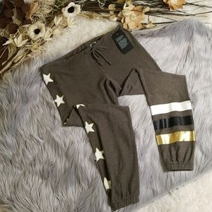 Chaser Peace Star Joggers